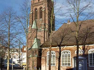 Die Nikolaikirche im Zentrum Elmshorns
